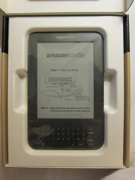 Unboxing Amazon Kindle