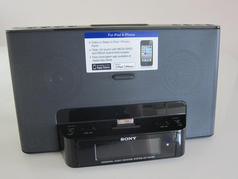 Sony ICF-DS15iP iPhone Radio Audio Dock